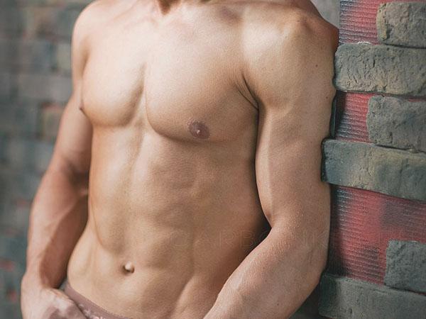 От чего зависит нормальный уровень тестостерона в организме мужчины?