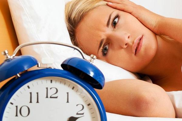 Здоровый сон и мелатонин: как связаны эти понятия?