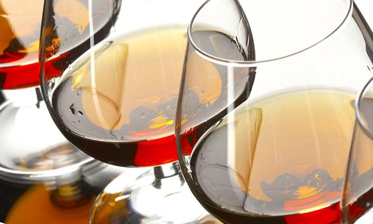 Пить или не пить: совместимы ли креатин и алкоголь?